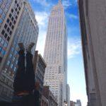 ニューヨークのオススメ観光名所で逆さまになってご紹介します!